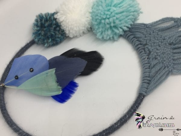 Attrape-rêve 15 cm macramé bleu et pompon2