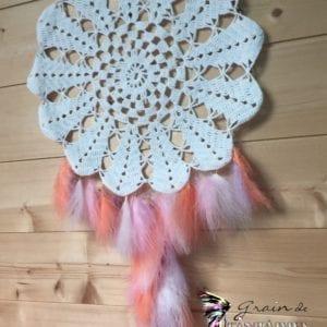 Attrape-rêve 30 cm crochet et plumes orangeroseparme