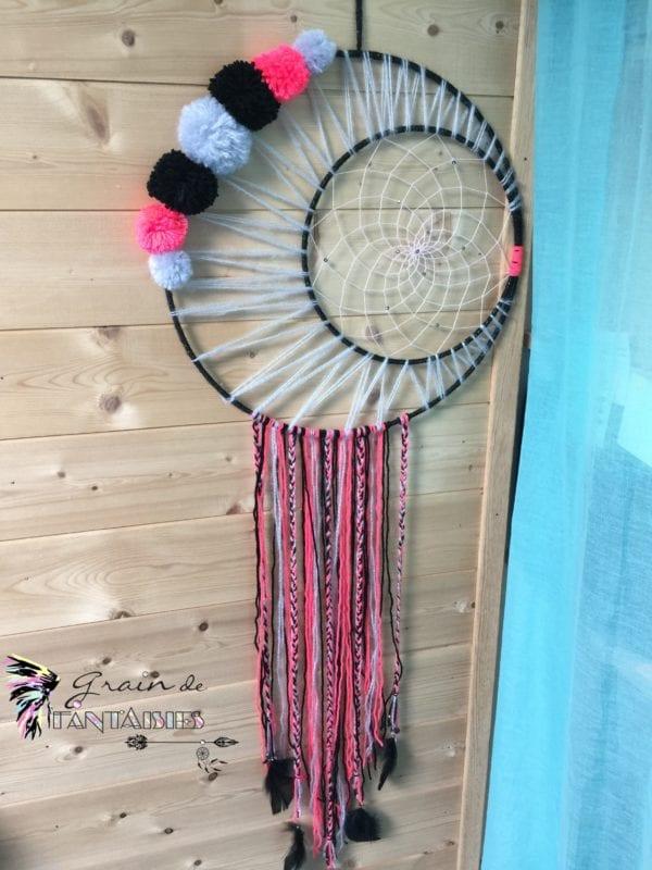 Attrape-rêve 40 cm modèle lune et pompons rosenoir