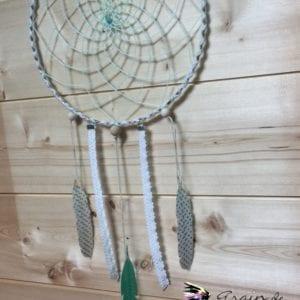 Attrape-rêve vert d'eau 20 cm et plumes en masking tape