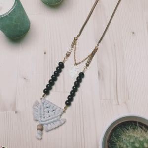 Collier macramé et perles en bois