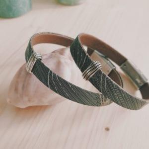 Bracelet homme en cuir gris argenté