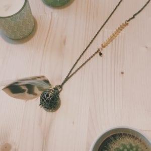 Bola de grossesse bronze chaine chevrons et plumes