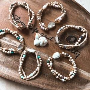 Bracelet nacre et perles gemmes